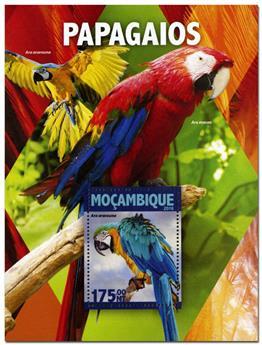 n° 1065  : Timbre MOZAMBIQUE Blocs et feuillets