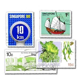 SINGAPOUR : pochette de 50 timbres